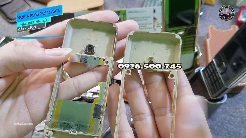 Phan-biet-gay-suon-zin-va-lo-Nokia-8800-Arte-Gold_4.jpg