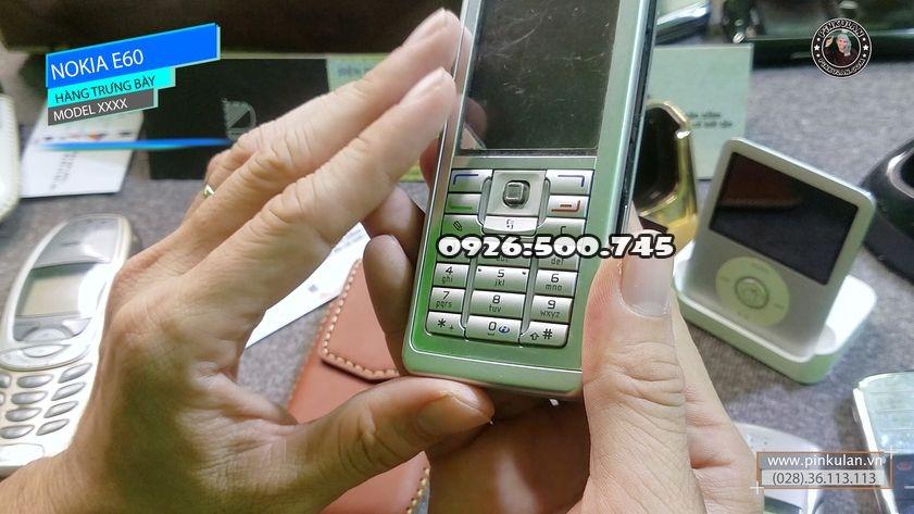 Nokia-E60-hang-trung-bay_3.jpg