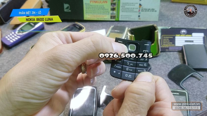 Phan-biet-Nokia-8600-Luna-zin-va-lo_6IkGfM.jpg