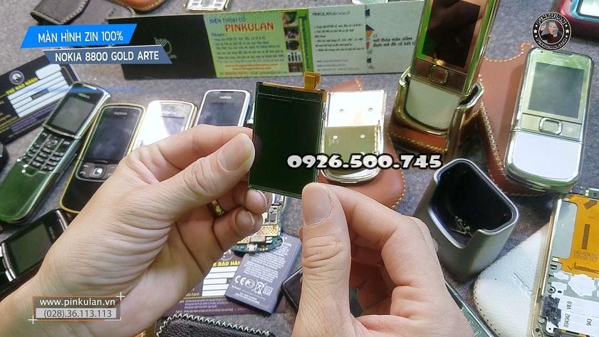 Man-hinh-Nokia-8800-Arte-zin-thao-may_2.jpg