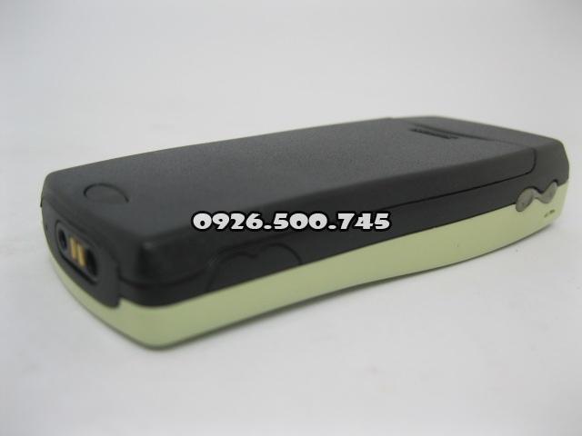 Nokia-8210-xanh-nhat_12.jpg