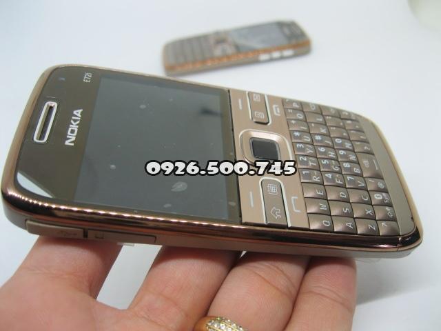 Nokia-E72-Socola-cafe_9.jpg