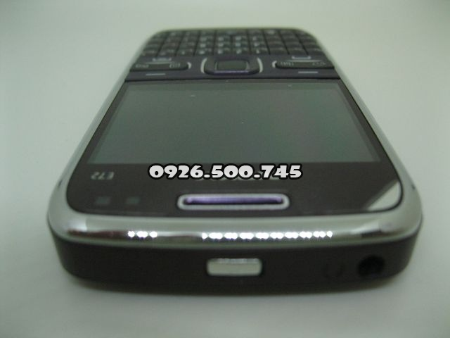 Nokia-E72_6.jpg