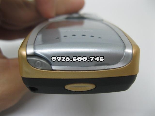 Nokia-8250_66UlZ1.jpg